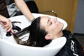 aplique-bien-el-producto-por-todo-el-cabello
